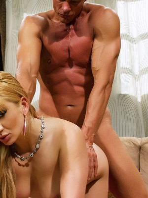 Lea Lexis has a need and Nick Manning is just the man to fill her hardcore sex desires.